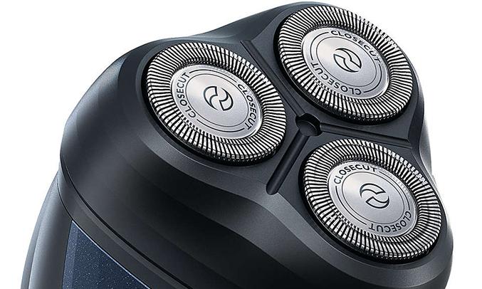 Máy cạo râu Philips AT620 dễ làm sạch