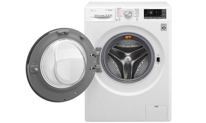 Máy giặt LG 9KG FC1409S2W có nhiều chương trình giặt