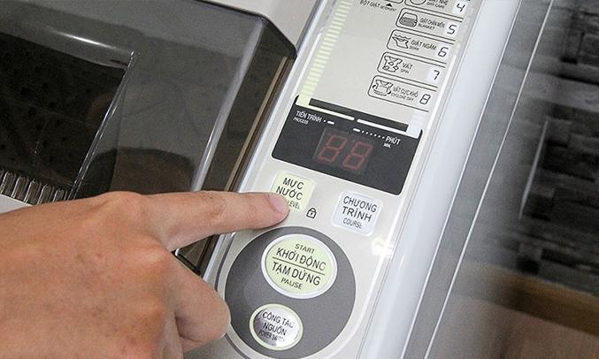 Máy giặt Aqua AQW-S80KT 8 kg tự khởi động lại