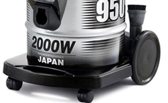 Máy hút bụi Hitachi CV-950Y thiết kế bánh xe lớn di chuyển tiện lợi