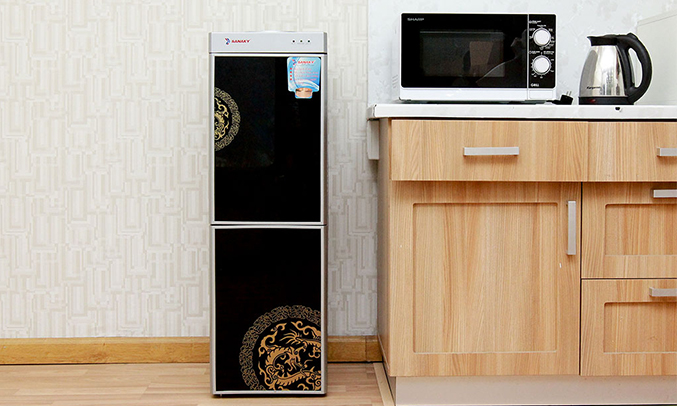Máy nóng lạnh Sanaky VH 319HP1 trang nhã