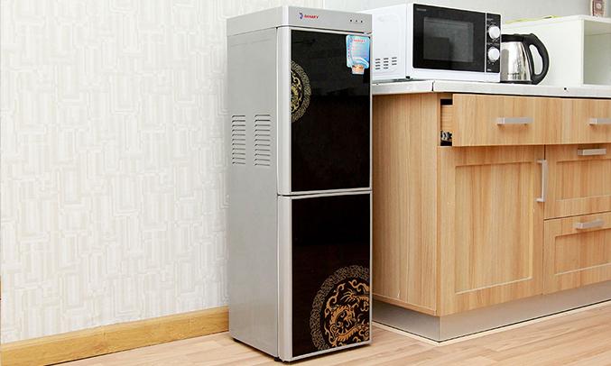 Máy nóng lạnh Sanaky VH 319HP1 dễ sử dụng