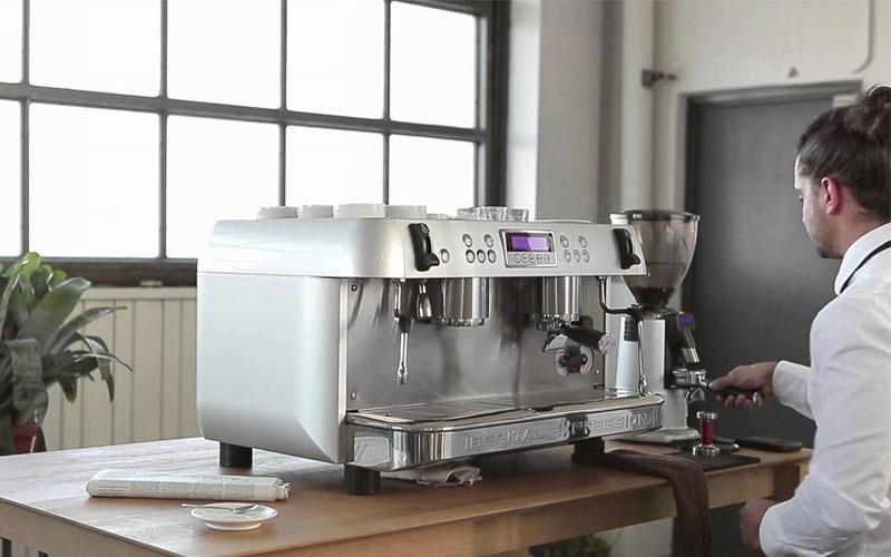 Giá cả đa dạng giúp máy pha cà phê bán tự động được nhiều người lựa chọn