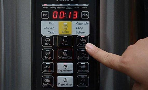 Nồi áp suất điện Philips HD2136/65 bảng điều khiển điện tử
