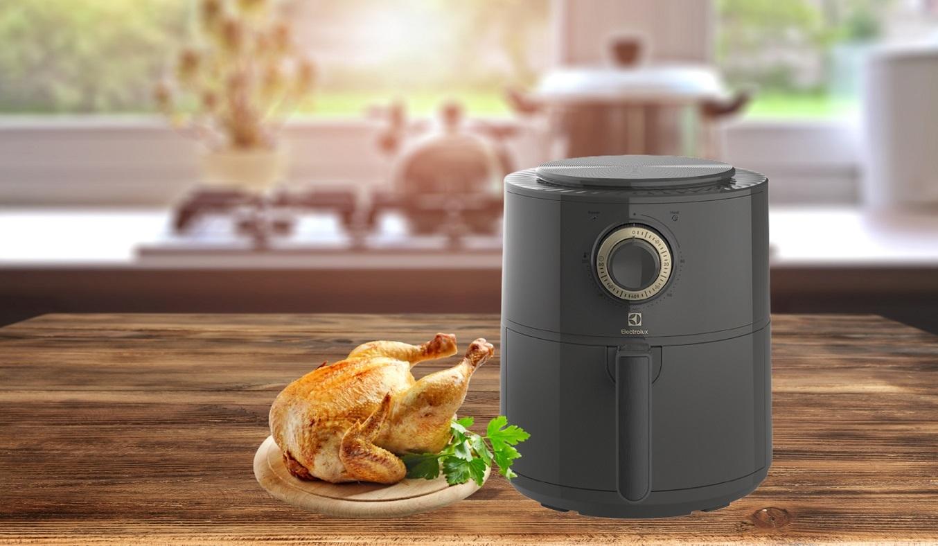 Nồi chiên không dầu Electrolux 3.4 lít E6AF1-220K - Nấu ăn thơm ngon, lành mạnh