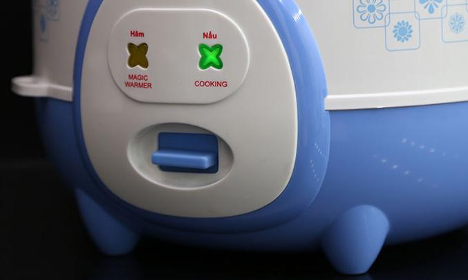 Nồi cơm điện Happy Cook HC-180A 1.8 lít cơm nhanh chín