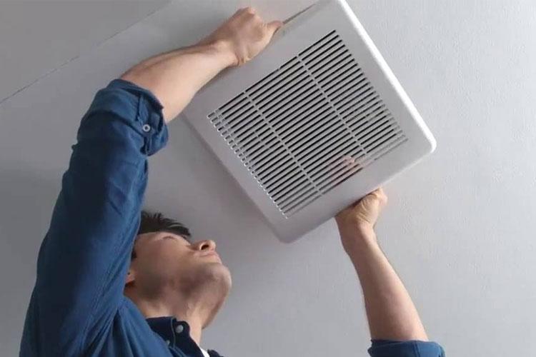 Mỗi căn bếp nên có một chiếc quạt hút hoặc quạt thông gió