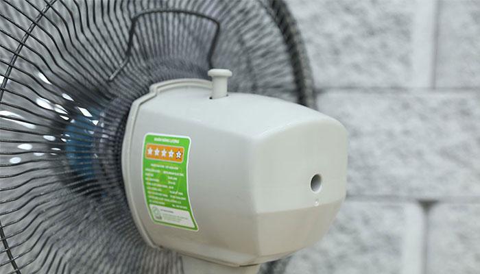 Vỏ nhựa cách điện giúp motor được bảo vệ tối ưu