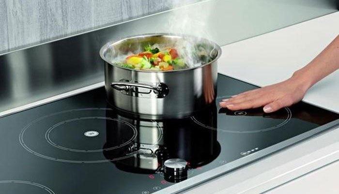 Sử dụng bếp điện từ an toàn