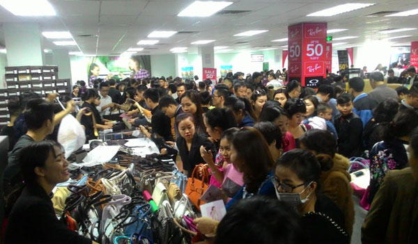 Nguyễn Kim Tràng Thi - thiên đường mua sắm của chị em