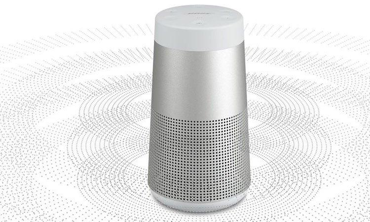 Thỏa sức nghe nhạc với loa Bose Soundlink Revolve màu xám