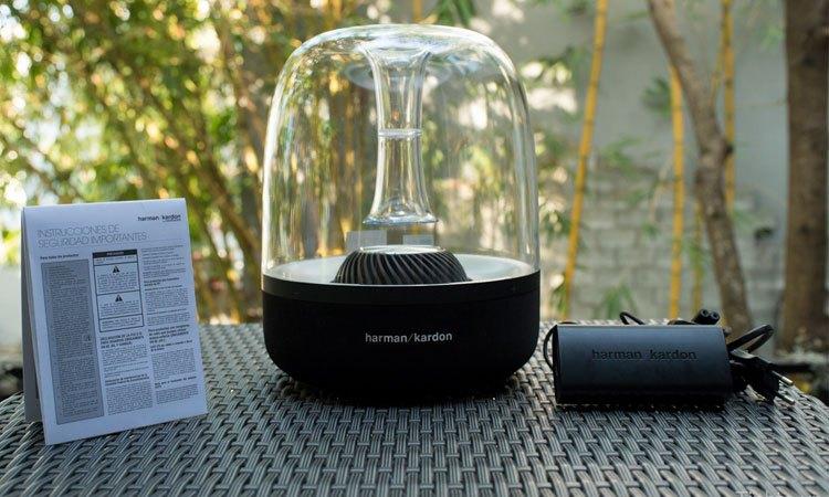 Loa Harman/Kardon Aura Plus (đen) kết nối không dây dễ dàng