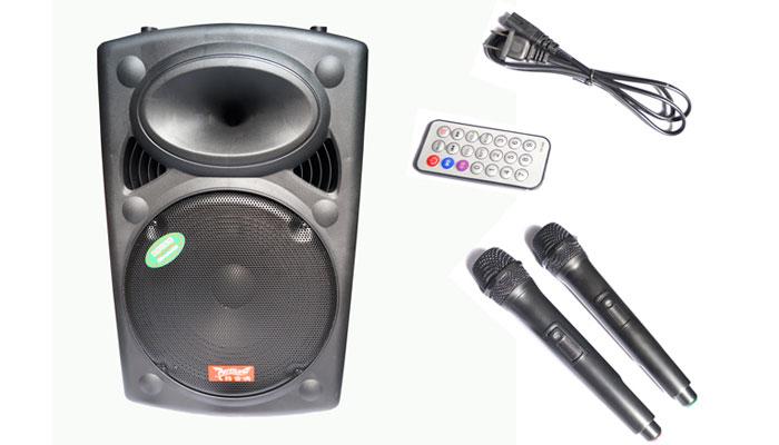 Thỏa sức thể hiện giọng ca khi kết nối với micro
