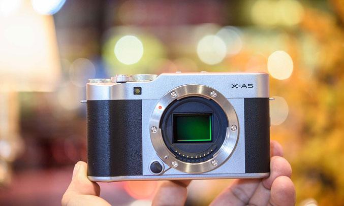 Máy ảnh Fujifilm X-A5 giá tốt