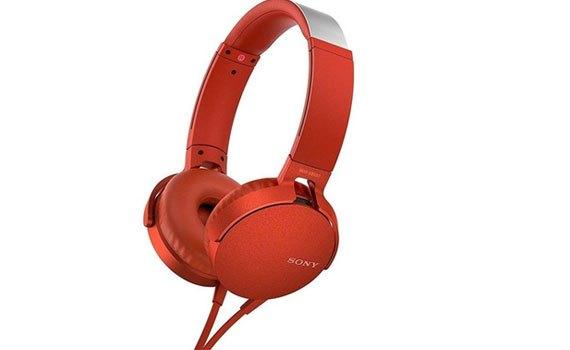 Tai nghe Sony MDRXB550APRCE màu đỏ thưởng thức âm nhạc tuyệt vời