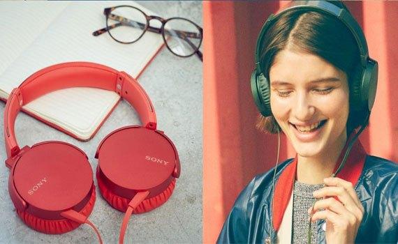 Tai nghe Sony MDRXB550APRCE màu đỏ tích hợp micro trên dây đàm thoại thả ga