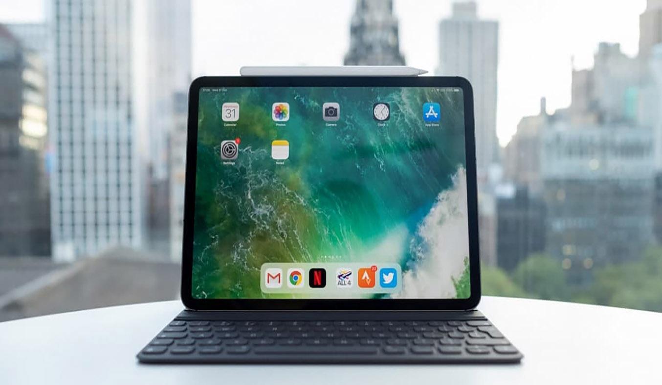 Máy tính bảng iPad Pro 11 inch Wifi 128GB MY252ZA/A Xám (2020) -Thiết kế vuông vức, bo tròn góc nhẹ nhàng, mang đến sự sang trọng cho người dùng