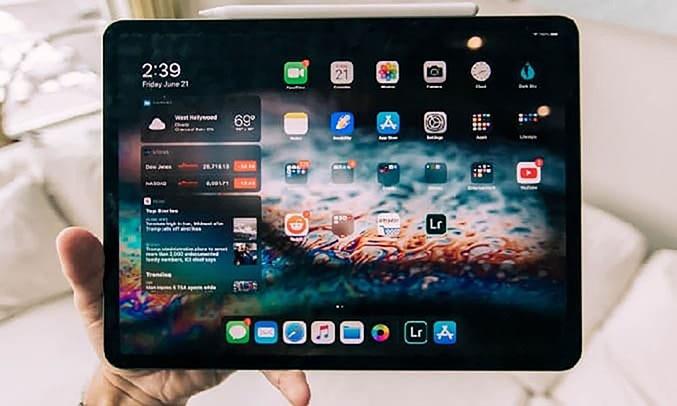 Máy tính bảng iPad Pro 11 inch Wifi 256GB MXDC2ZA/A Xám (2020) - Thời lượng pin lên đến 10 giờ