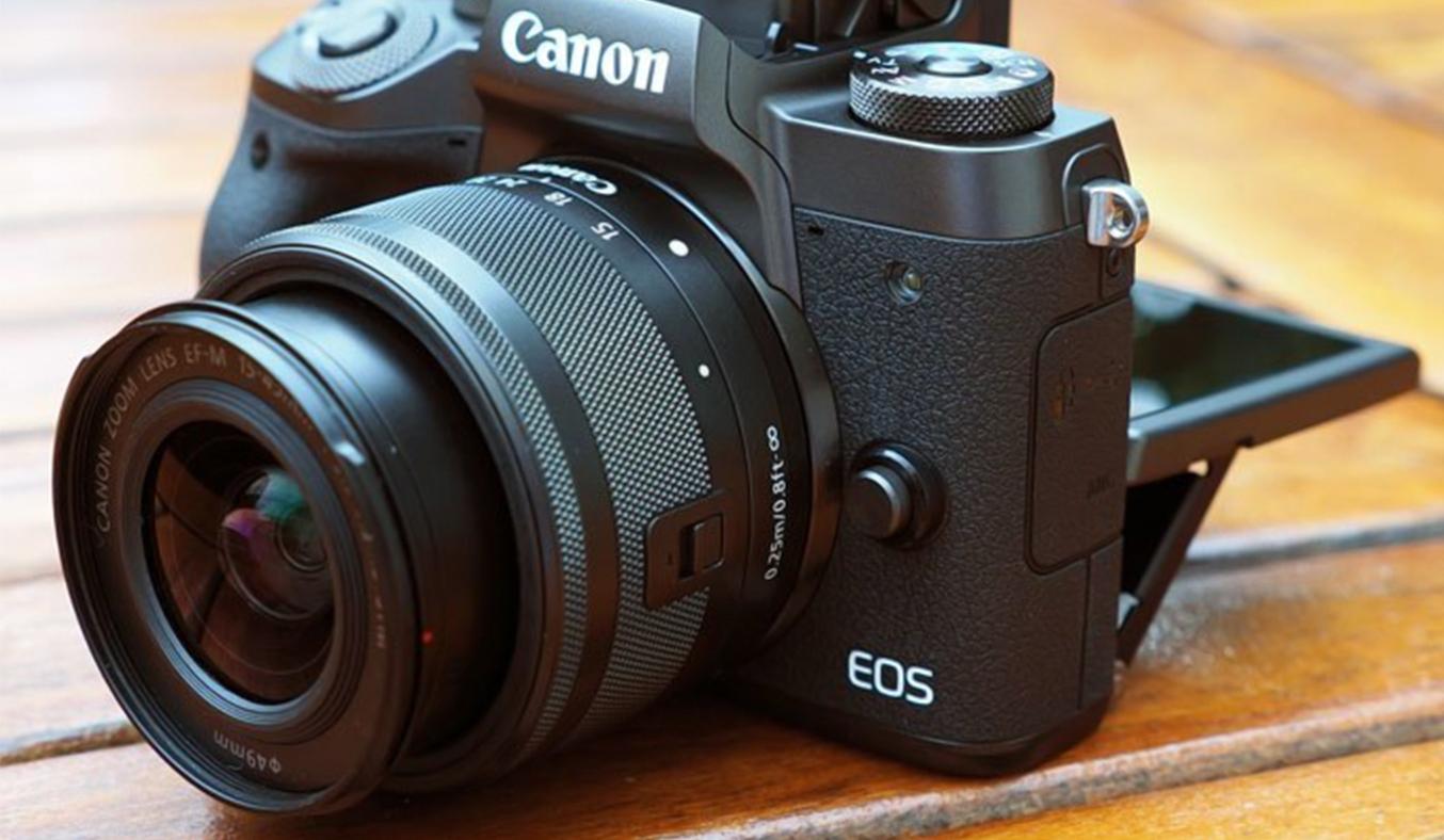 Máy ảnh Canon EOS M5 KIT 15-45MM tiện dụng
