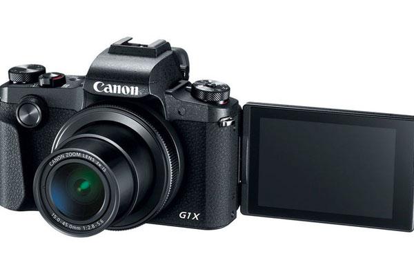 Màn hình cảm ứng của máy ảnh Canon PowerShot G1 X Mark III giúp bạn nhanh chóng điều chỉnh bằng tay
