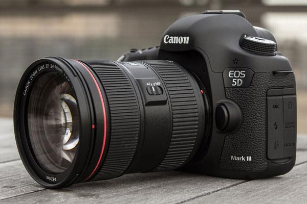Đừng lơ là khâu bảo quản và chống ẩm để máy ảnh luôn hoạt động bền bỉ nhé!