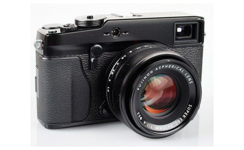 Ống kính Fujifilm Lens XF35MM F1.4 R nhỏ gọn, chắc chắn