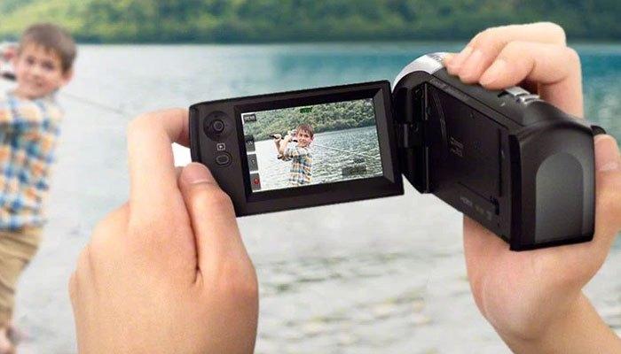 Máy quay phim Sony chụp hình sắc nét