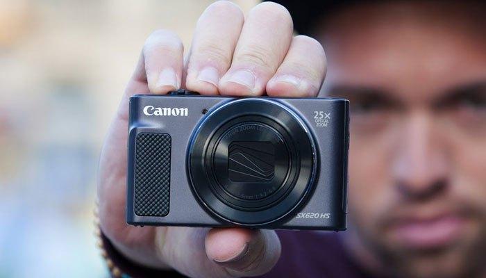 Hiện đại vẻ ngoài, chất lượng bên trong với chiếc máy ảnh Canon