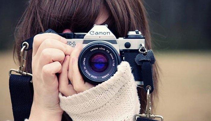 Cầm máy ảnh thật vững khi chụp