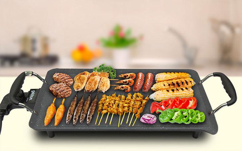 Bếp nướng điện không sử dụng than hay cồn, dùng điện năng làm chín thực phẩm nên rất an toàn cho sức khỏe của bạn