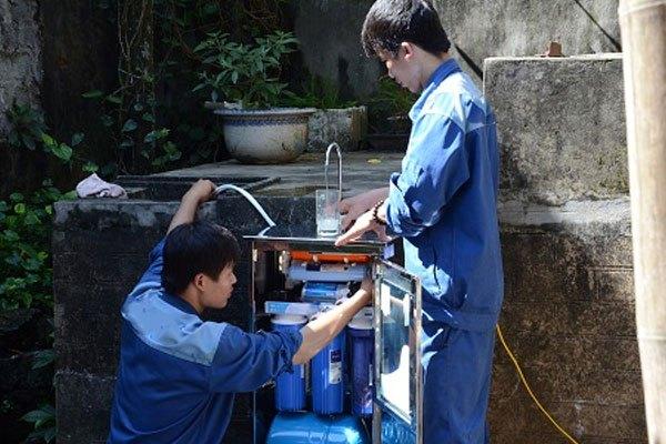 Nếu bạn không thể tự xử lý những lỗi trên của máy lọc nước, hãy liên hệ đến các cơ sở bảo hành để nhận được sự giúp đỡ nhé!