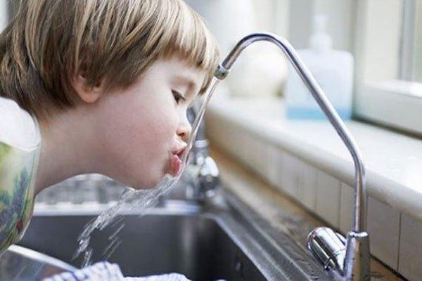 Khin không có nước tinh khiết khi mở vòi sử dụng, bạn cần khắc phục ngay lỗi trên máy lọc nước