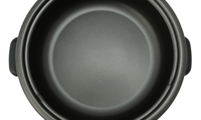 Lẩu điện Khaluck làm bằng chất liệu cao cấp