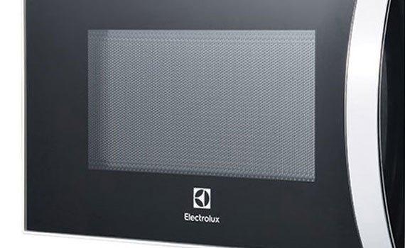 Lò vi sóng Electrolux EMM2023MW với dung tích 20 lít