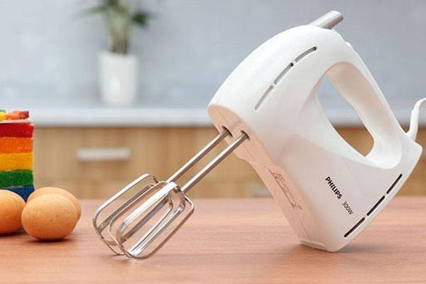 Máy đánh trứng cầm tay sẽ hoạt động theo sự di chuyển của tay bạn