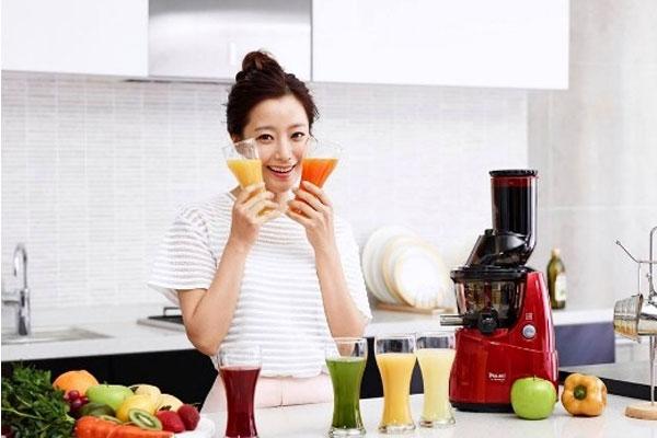 Máy ép trái cây cần chọn mua phù hợp với nhu cầu sử dụng để không lãng phí bất kì tính năng nào
