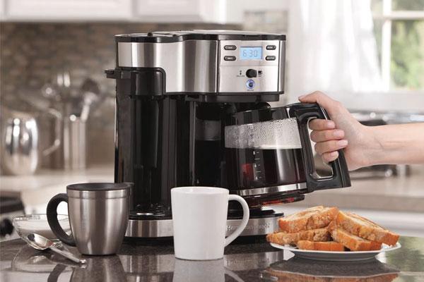 Khi thấy cà phê mãi vẫn không chảy, hãy kiểm tra ngay nguồn nước cấp