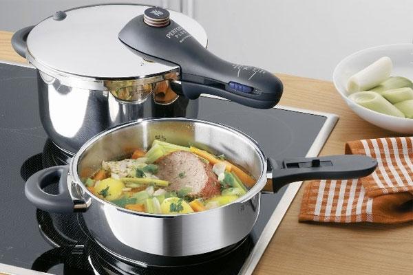 Để sử dụng nồi áp suất nấu thức ăn một cách an toàn, bạn cần tìm hiểu các bước thực hiện đúng đắn