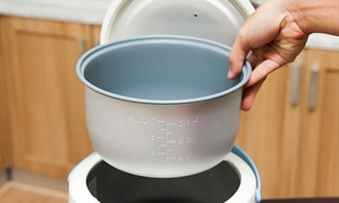nồi cơm điện Happy Cook HC-120 1.2 lít làm nóng nhanh