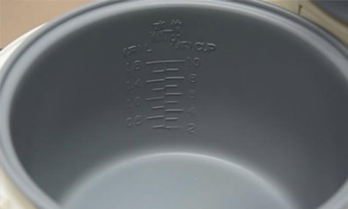 Nồi cơm điện Happy Cook HC-180A 1.8 lít chống dính