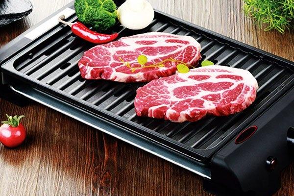 Những bữa tiệc BBQ sẽ thật hấp dẫn nhờ khả năng nướng thức ăn của bếp nướng điện