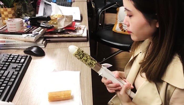 Chế tạo các loại bánh quế khác nhau với máy tạo kiểu tóc