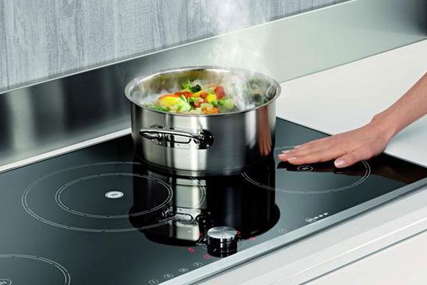 Bếp từ an toàn cho người dùng