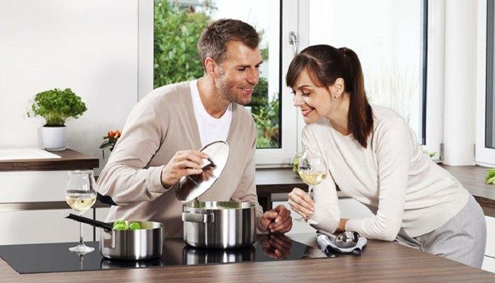 Bếp điện từ  giúp bạn tiết kiệm điện khi nấu nướng