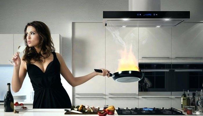 Máy hút khói dùng cho nhà bếp kín