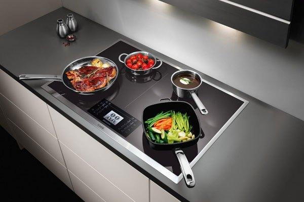 Bếp điện không gây sóng hại sức khỏe người dùng