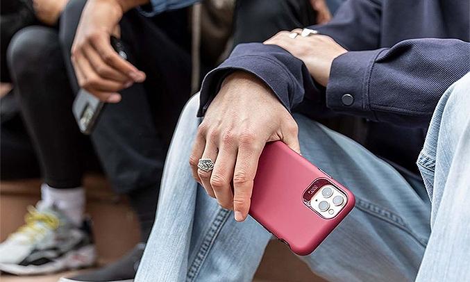 Ốp lưng iPhone 11 Gear4 Holborn ICB61HOLBLK