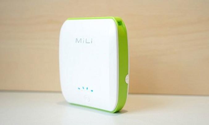 Pin Mili Power Ocean 2 - 10400 mAh đèn LED tiện lợi