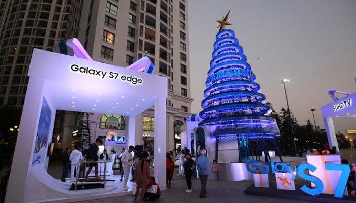 Cây thông nước Samsung tại Hà Nội
