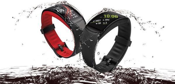 Người dùng có thể sử dụng Gear Fit2 Pro trong các hoạt động bơi lội